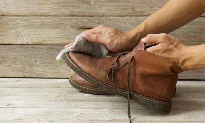 Steps to Clean Your Leather Work Boots With Household Items