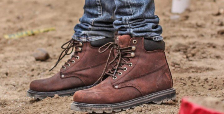Tips To Avoid Knee Pain While Wearing Work Boots